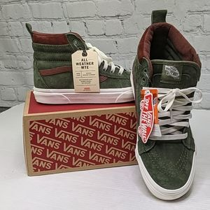 NWT Vans SK8- Hi MTE  high top suede sneakers